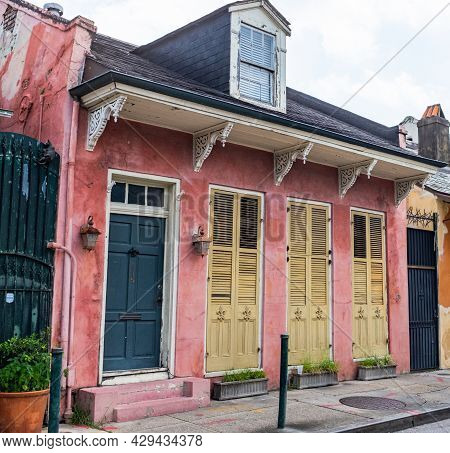 New Orleans, La - July 31: Historic House On St. Philip Street In The French Quarter On July 31, 202