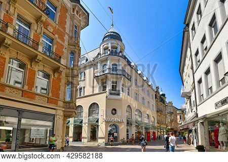 Baden-baden, Germany - July 2021: Old Historic City Center With Shops In Spa Town Baden-baden On Sun
