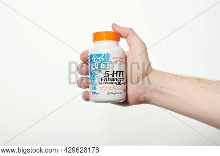 Doctors Best 5-htp Enhanced In Hand. 5htp Bottle With Vitamin B6 And Vitamin C. Veggie Caps, Non-gmo