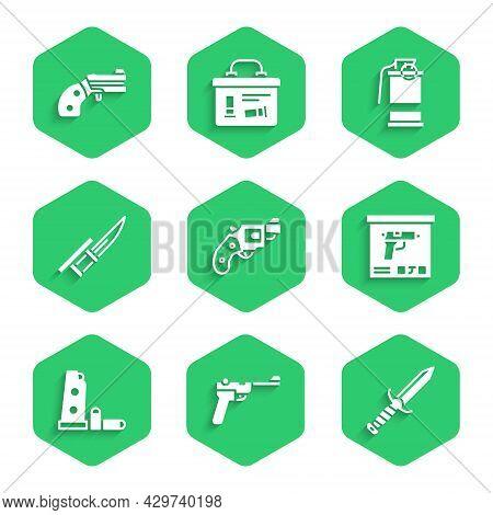 Set Small Gun Revolver, Mauser, Military Knife, Ammunition Box, Gun Magazine And Bullets, Bayonet Ri