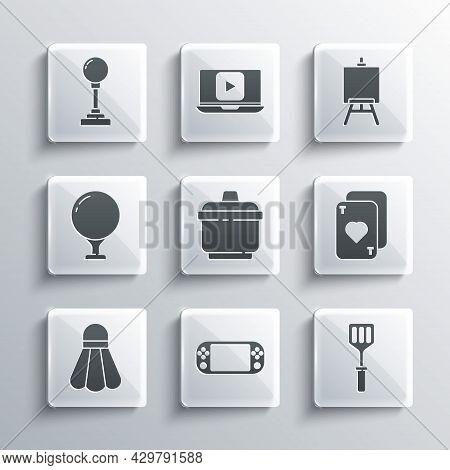 Set Portable Video Game Console, Spatula, Playing Cards, Cooking Pot, Badminton Shuttlecock, Golf Ba
