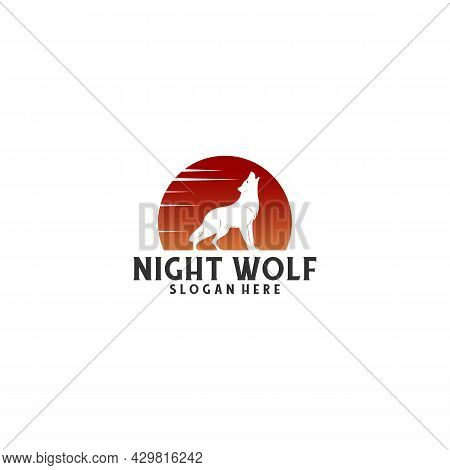 Night Wolf Logo With Wolf Roaring Under The Moonlight