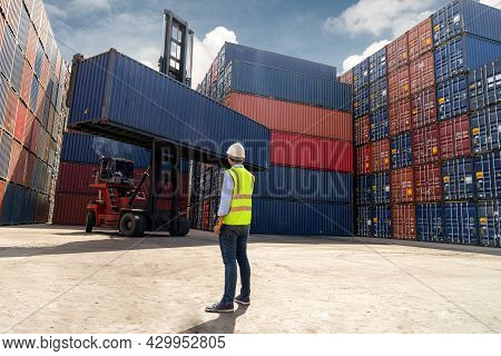 Foreman Control Loading Containers Box