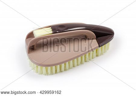 Assembled Composite Clothes Brush Consisting Of Three Brushes Of Different Sizes With Brown Plastic