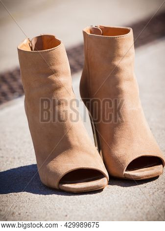 Brown Suede Shoes Boot In Autumnal Style. Boots With High Heels And Peep Toes