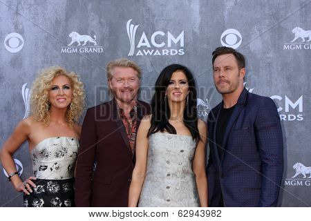 LAS VEGAS - APR 6:  Kimberly Schlapman, Philip Sweet, Karen Fairchild, Jimi Westbrook at the 2014 Academy of Country Music Awards - Arrivals at MGM Grand Garden Arena on April 6, 2014 in Las Vegas, NV