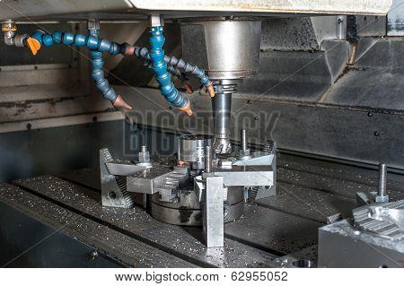 Industrial Metal Mold/blank Milling. Metalworking.