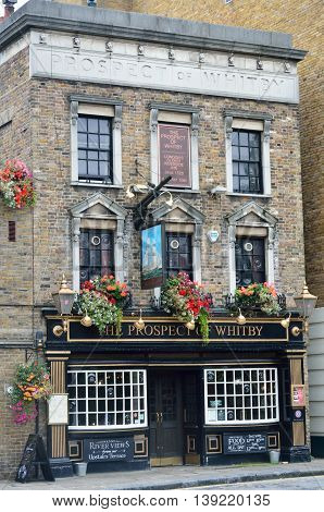 WAPPING LONDON UK 16 September 2014: Prospect of Whitby pub Wapping
