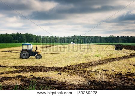 Break from work in agriculture. Beginning of the agricultural work in may.