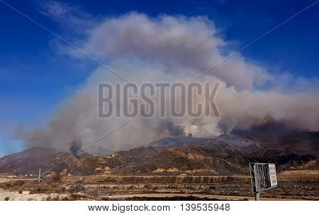 Santa Clarita CA USA - July 22 2016 - Sand Fire engulfing 2500 acres on the northeast side of 14 freeway in Santa Clarita area on July 22 2016.