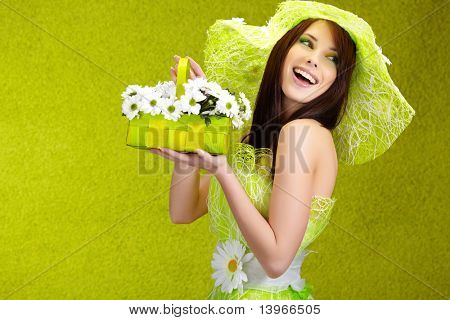 schönen Frühling Woman Portrait. grün Konzept