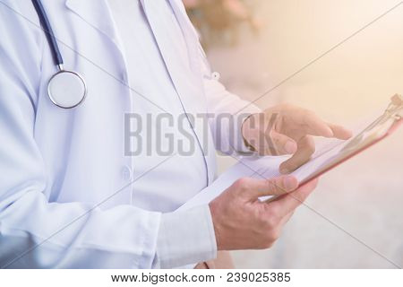 Doctor, Physical Examination And Heart Disease Checker