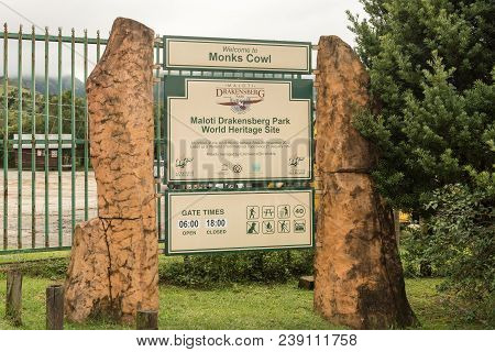 Monks Cowl, South Africa - March 18, 2018: Information Board At The Entrance To Monks Cowl In The Kw