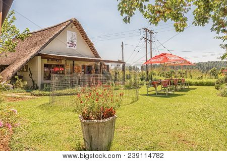 Monks Cowl, South Africa - March 19, 2018: Scrumpy Jacks Farm Stall And Restaurant Near Monks Cowl I