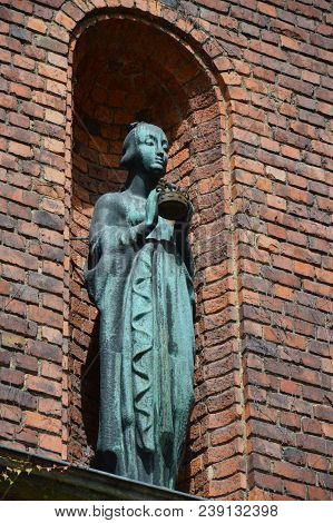 Stockholm, Sweden - July 2014: Decorating Statue At The Courtyard In Stockholm City Hall, Sweden's F