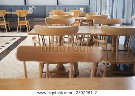 Wooden Elegant Tables With Chairs Crate Pleasant Atmosphere