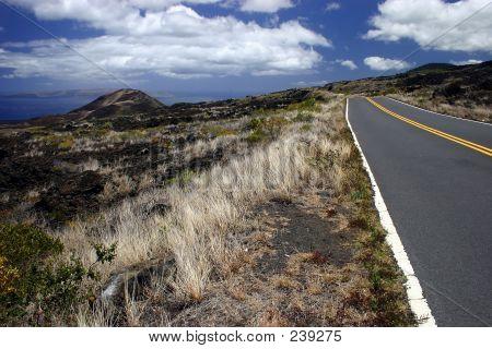 Driving Maui Island's Coastline Roads
