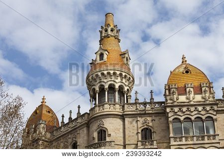 Barcelona, Spain. March 22, 2015: Detail Of A Historic Building In The Historic Center Of Barcelona,