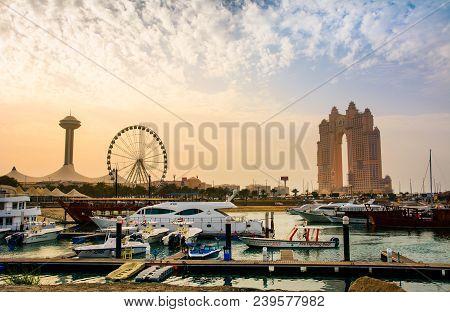 Abu Dhabi, Uae - April 27, 2018: Sunset Over Al Marina Island In Abu Dhabi With Marina Eye And Atlan