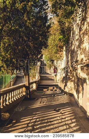 Nice, France - October 12, 2009: Narrow Walk During Sunset In Castle Hill Or Colline Du Chateau Park