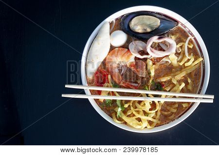 Thailand Noodle Tom Yam Sea Food Mee Krob With Spicy Soup And Meat Of Shrimp,shellfish,squid And Mea
