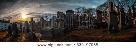 Edinburgh, Scotland December 14, 2018: Old, Desolated And Grungy Tombstones, Memorials And Headstone