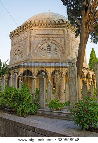 Istanbul, Turkey - September 7th 2019. The Tomb Of Suleiman The Magnificant And Surrounding Cemetery