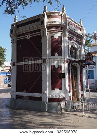 Mindelo, Cape Verde On April 2019: A Kiosk In Amilcar Cabral Square Known As Praca Nova In African C