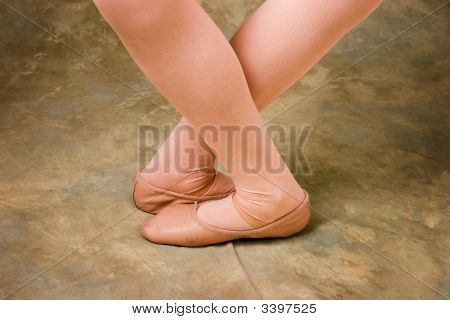 Dancer'S Flexible Legs And Feet