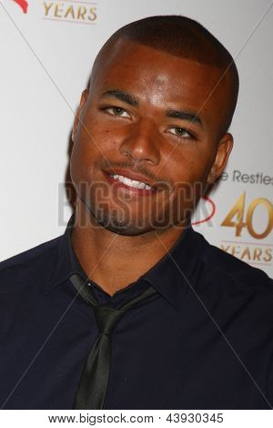 LOS ANGELES - MAR 26:  Redaric Williams attends the 40th Anniversary of the Young and the Restless Celebration at the CBS Television City on March 26, 2013 in Los Angeles, CA