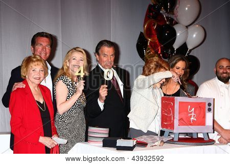LOS ANGELES - MAR 26:  Lee Bell, Peter Bergman, Melody Thomas Scott, Eric Braeden, Jeanne Cooper, Jess Walton, Duff Goldman attend the 40th Anniv of YnRY at CBS on March 26, 2013 in Los Angeles, CA