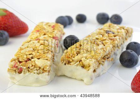 Granola Bars With Berries