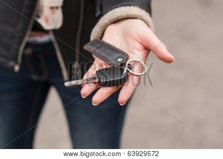 Transfer of car keys