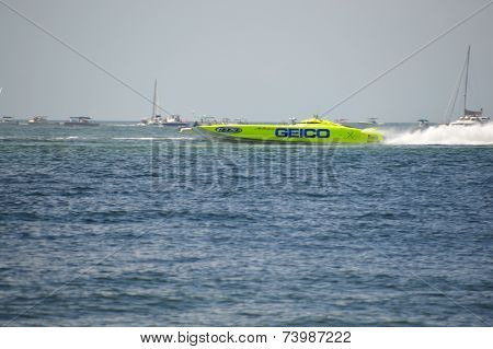Super Boat Offshore Races (miss Geico)