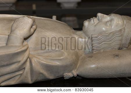 statue of king charles V in  basilica of saint-denis