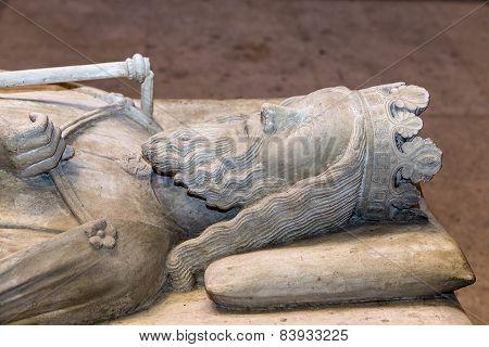 Recumbent statue of  king Clovis,  in basilica of saint-denis,