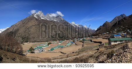 Phortse, Beautiful Sherpa Village In The Everest Region