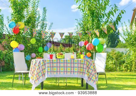 Prepared Birthday Table