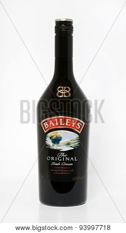 DAYTON, OHIO - JUNE 18, 2015: Bottle of Baileys Original Irish Cream, an Irish whiskey & cream liqueur by Gilbeys of Ireland, is shown here in its new more elegant bottle design that came out in 2013.