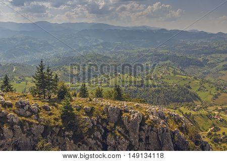 Peaceful Panoramic Mountain Landscape