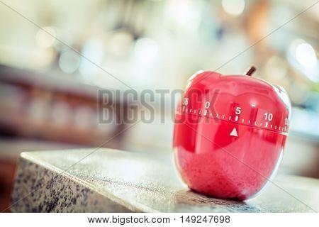 5 Minutes - Red Kitchen Egg Timer In Apple Shape