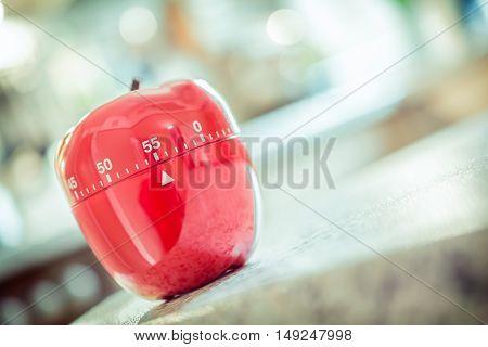 55 Minutes - Red Kitchen Egg Timer In Apple Shape