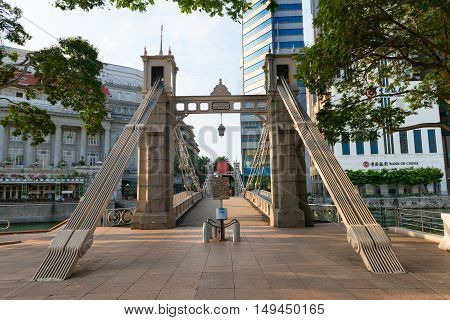 Historic Cavenagh Bridge, Spanning The Singapore River Near Raffles Place