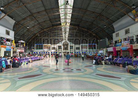 Central Hall Of Hua Lamphong Railway Station In Bangkok.