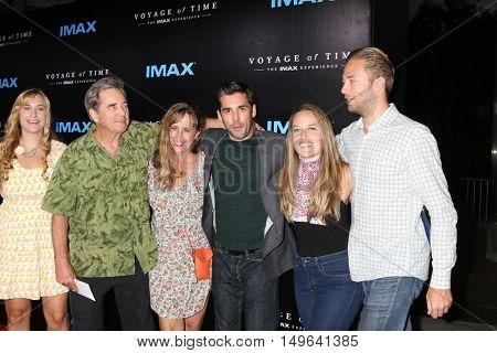 LOS ANGELES - SEP 28:  Family, Beau Bridges, Wendy Bridges, Jordan Bridges at the