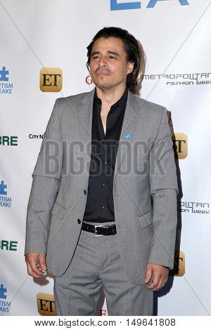 LOS ANGELES - SEP 29:  Antonio Jaramillo at the Autism Speaks' La Vie En BLUE Fashion Gala at the Warner Brothers Studio on September 29, 2016 in Burbank, CA