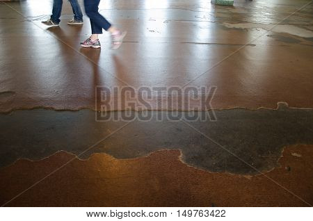 PEOPLE Walking speed rustic Ground and light natural