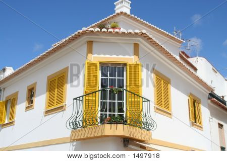 Yellow Corner Building