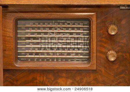 Vintage 1930S Radio
