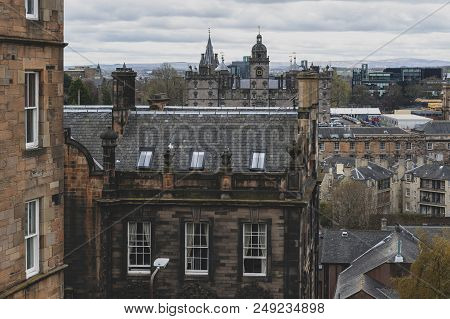 Edinburgh, Scotland - April 2018: Cityscape Of Old Town Edinburgh With Classic Scottish Buildings On